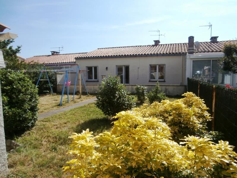 Sale house / villa Aussillon 89 000€ - Picture 1