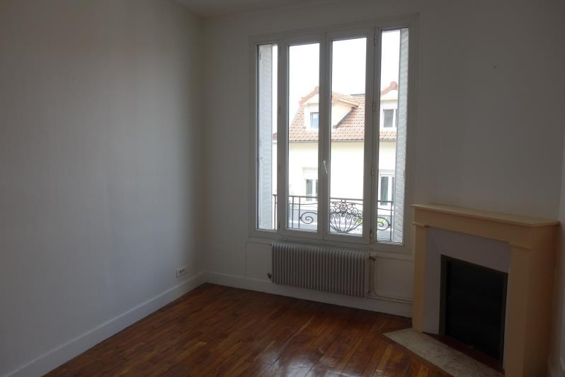 Location appartement Le chesnay 890€ CC - Photo 2