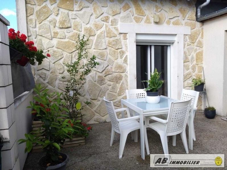 Rental house / villa Poissy 930€ CC - Picture 1