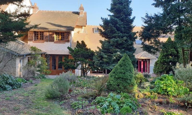 Sale house / villa Montfort l'amaury 575000€ - Picture 1