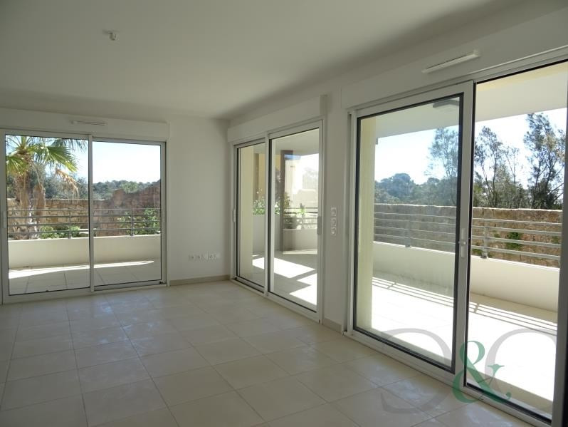 Deluxe sale apartment La londe les maures 459 800€ - Picture 2