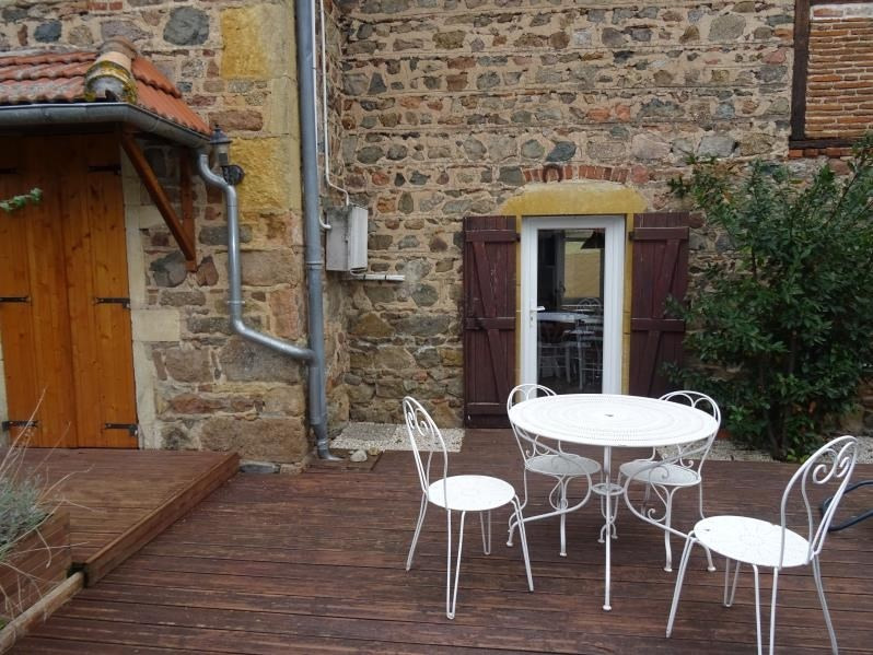 Location maison / villa Bully 800€ CC - Photo 3