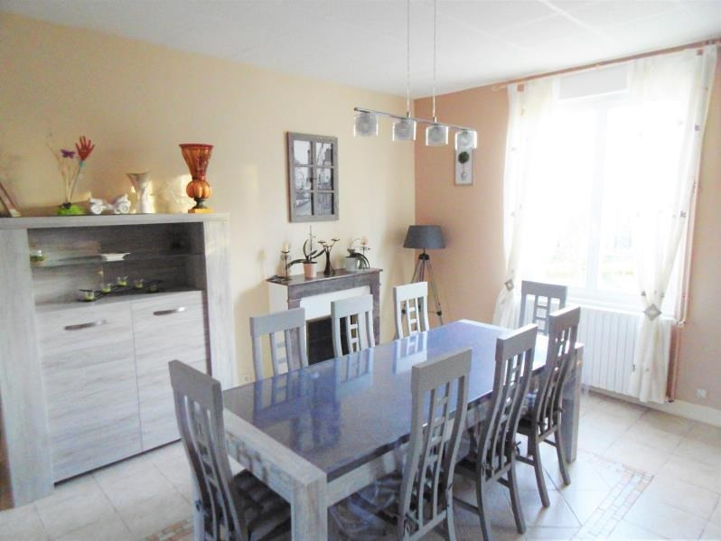 Sale house / villa Guilly 220000€ - Picture 5