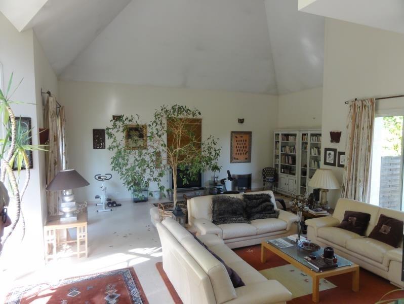 Sale house / villa Montfort l amaury 877000€ - Picture 5