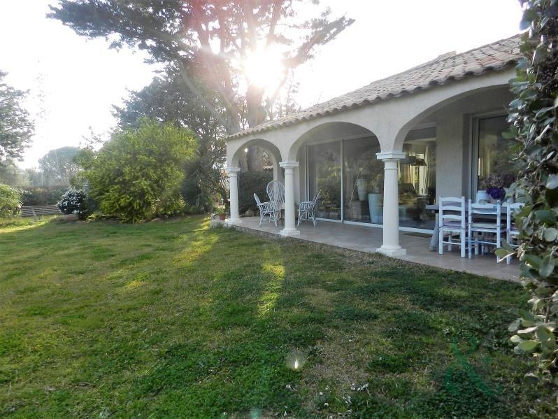 Sale house / villa Bormes les mimosas 890000€ - Picture 1
