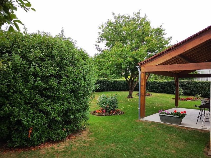 Sale house / villa Avernes 355300€ - Picture 3