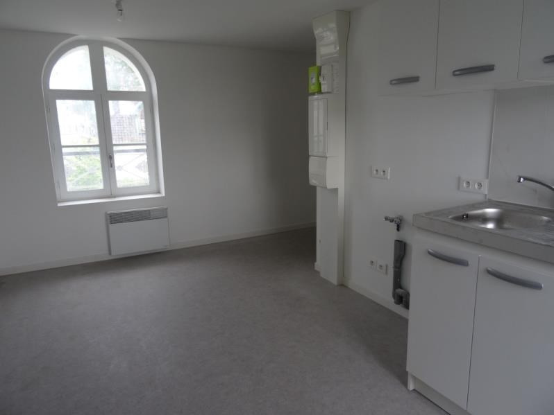 Rental apartment Mours 710€ CC - Picture 1