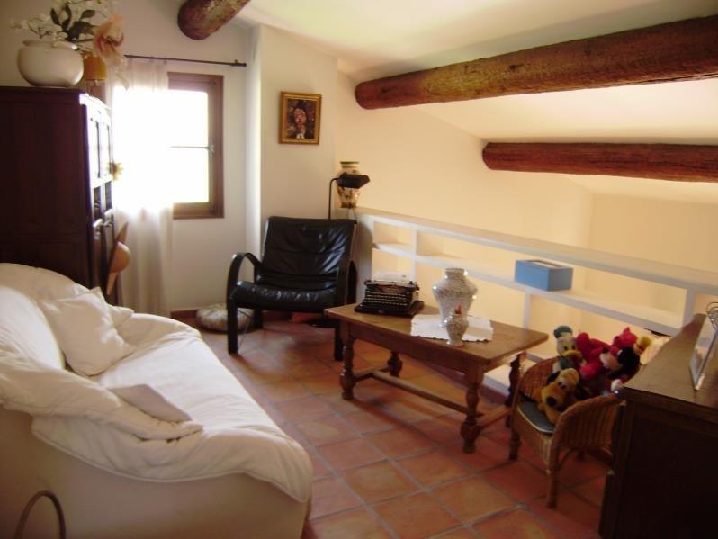 Deluxe sale house / villa Salon de provence 574000€ - Picture 7