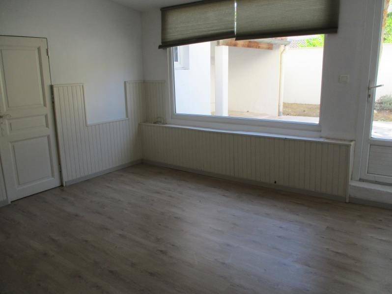Rental house / villa Salon de provence 950€ CC - Picture 4