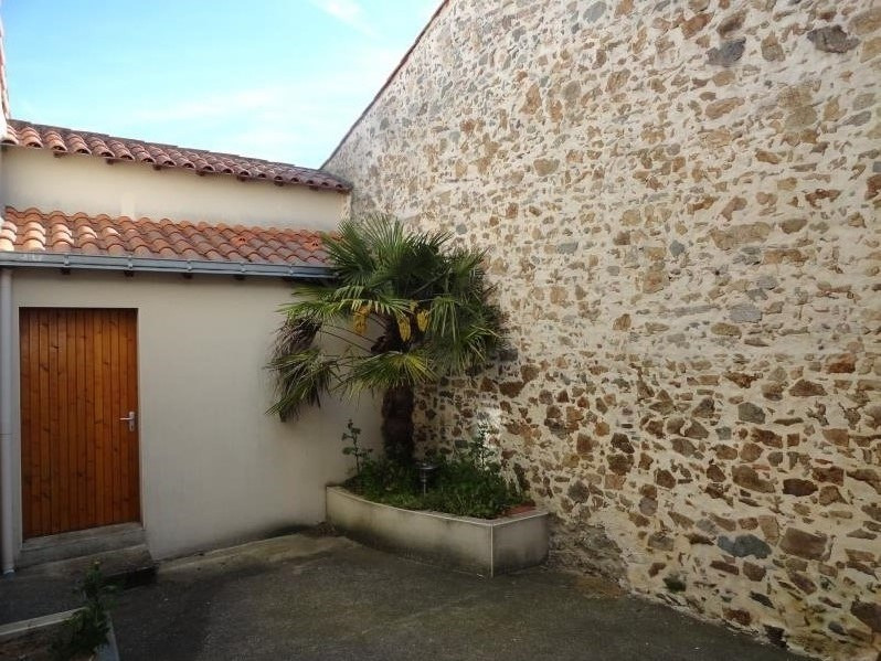 Sale house / villa Montfaucon-montigne 179 900€ - Picture 1