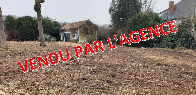 Sale site Montfort l amaury 210 000€ - Picture 1