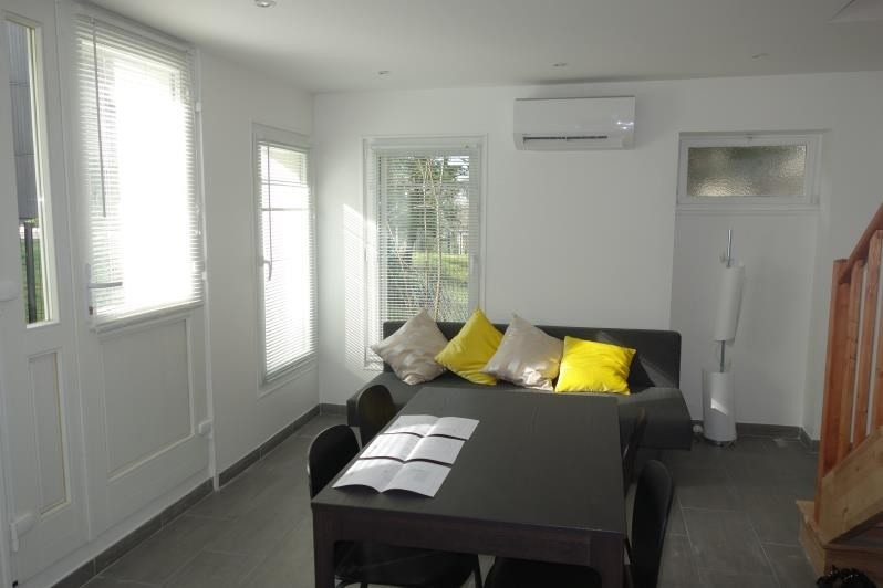 Rental house / villa Versailles 1 250€ CC - Picture 3