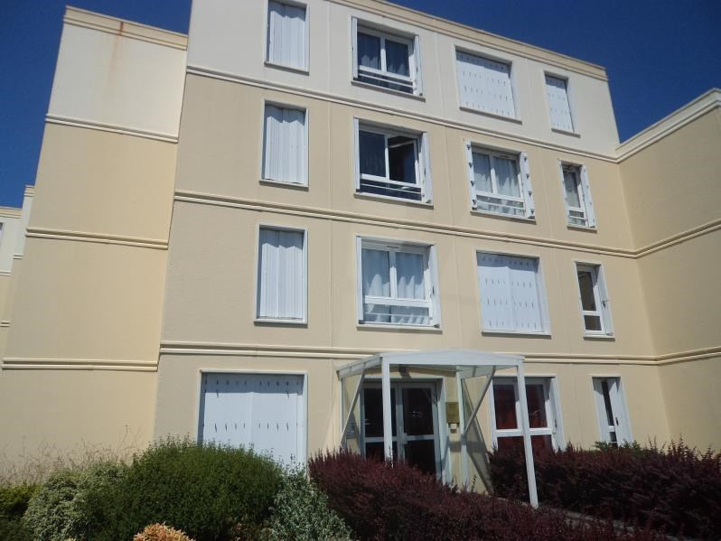 Produit d'investissement appartement Cholet 91800€ - Photo 1