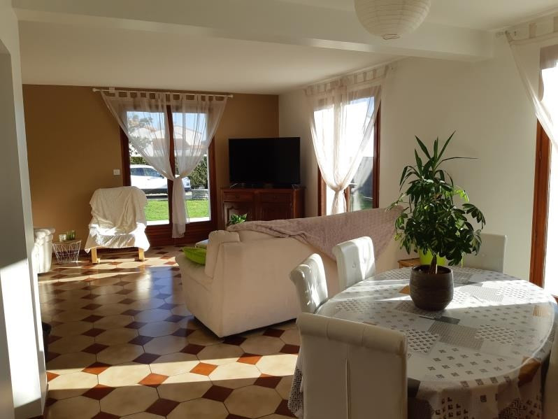 Rental house / villa Saujon 1250€ CC - Picture 4
