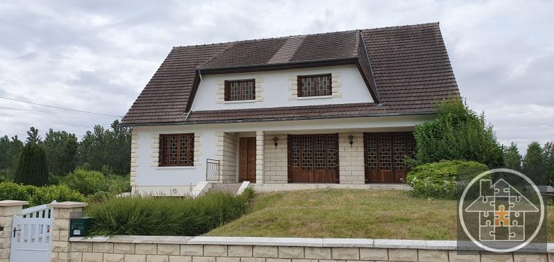 Sale house / villa Melicocq 230000€ - Picture 1