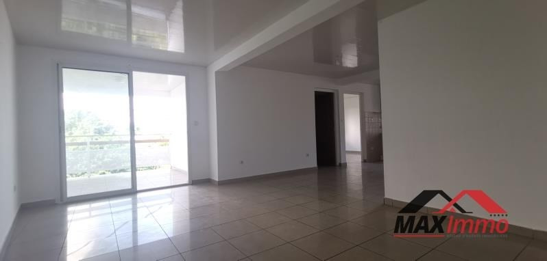 Location appartement St joseph 767€ CC - Photo 5