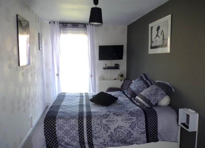 Vente maison / villa St clair sur epte 219320€ - Photo 4