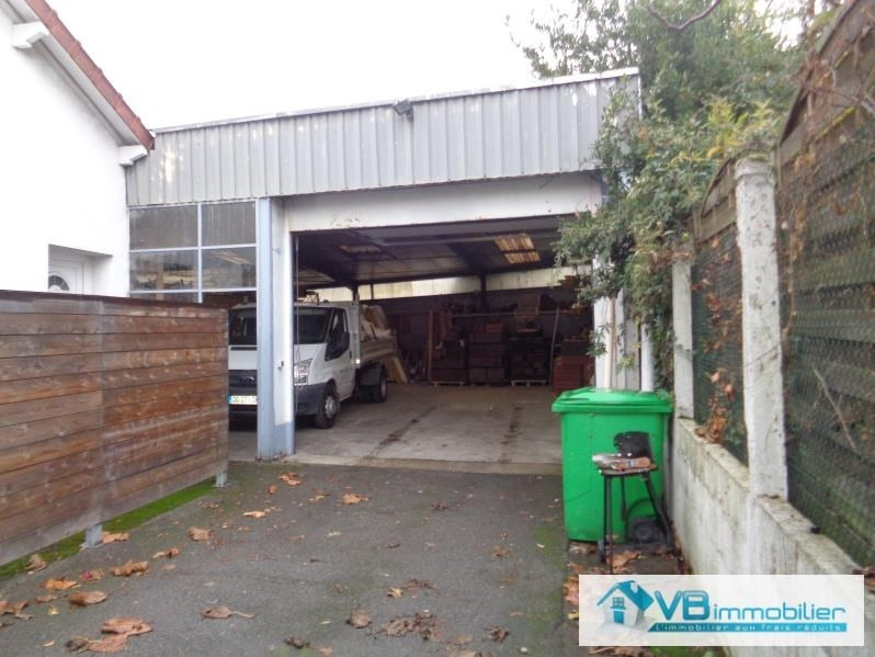 Location local commercial Paray vieille poste 1 500€ HT/HC - Photo 3