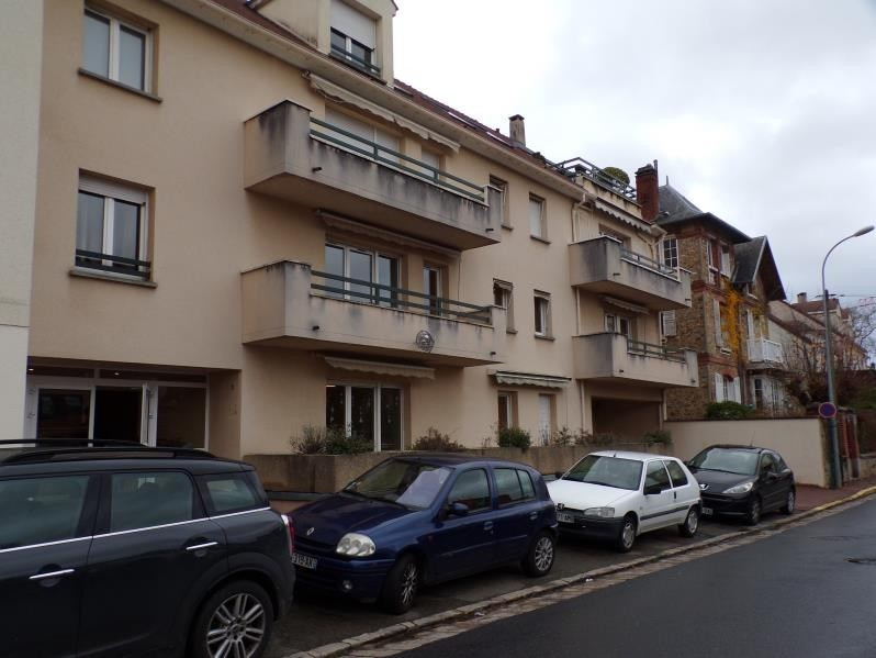 Rental apartment Jouy en josas 1 430€ CC - Picture 7