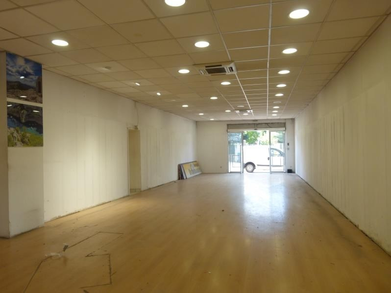 Location local commercial St maximin la ste baume 158€ HT/HC - Photo 2