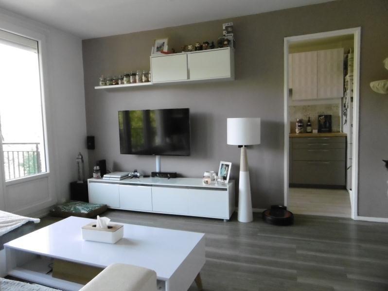 Sale apartment Rouen 99750€ - Picture 2