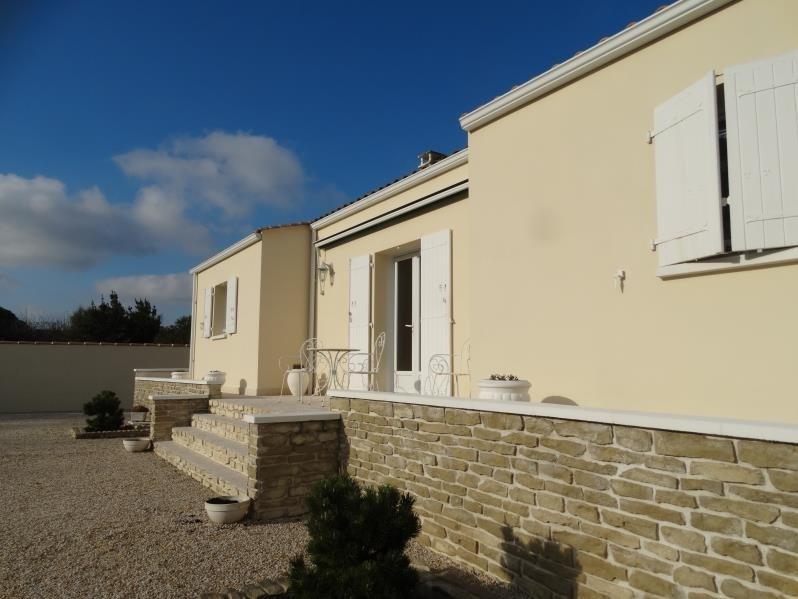 Sale house / villa Le chateau d'oleron 341500€ - Picture 1