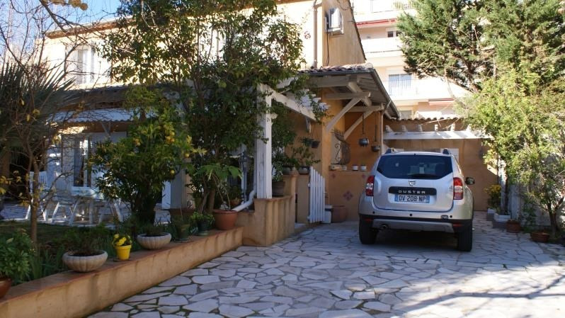 Deluxe sale house / villa Frejus 683000€ - Picture 3