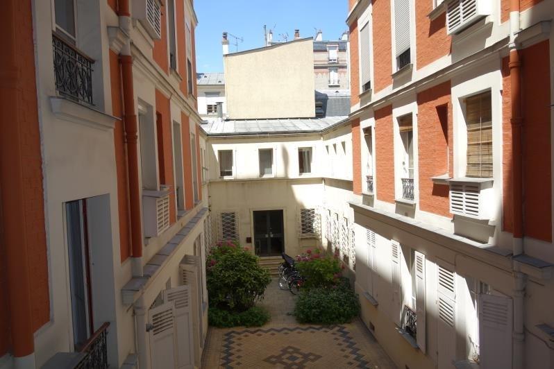 Location appartement Paris 17ème 2115€ CC - Photo 8