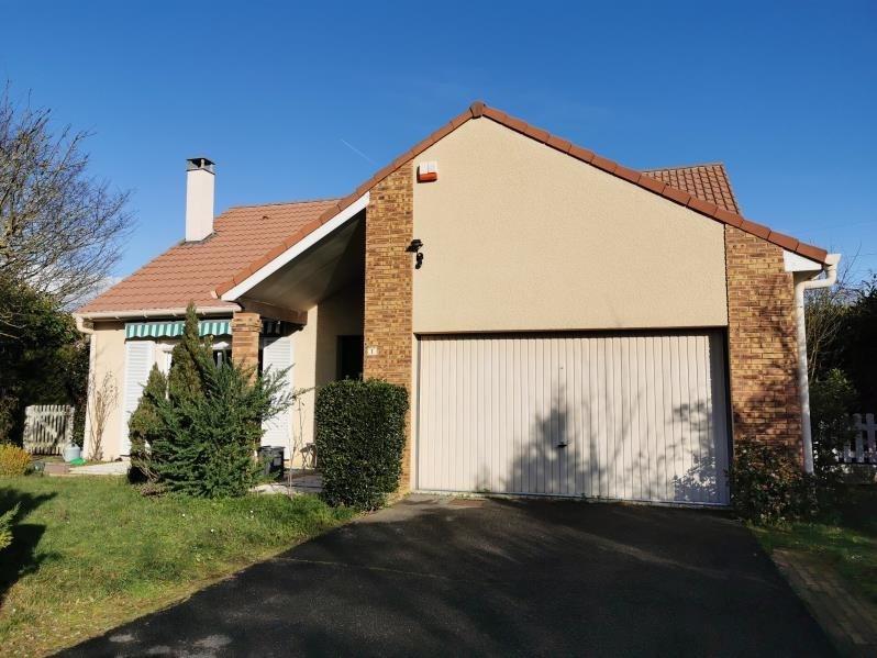 Sale house / villa Osny 399000€ - Picture 1