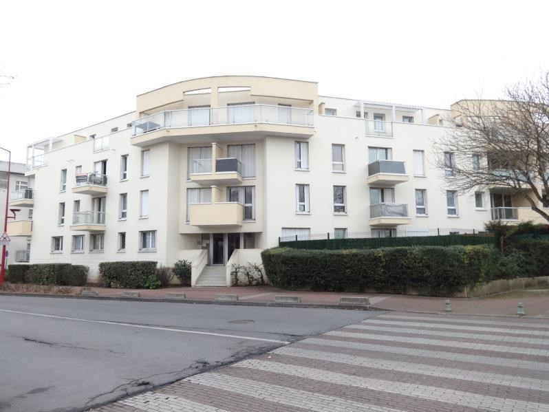 Sale apartment Gonesse 154 000€ - Picture 1