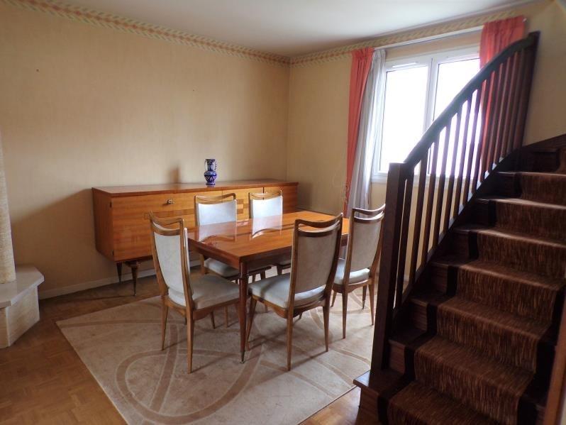 Sale house / villa Montigny le bretonneux 435750€ - Picture 2