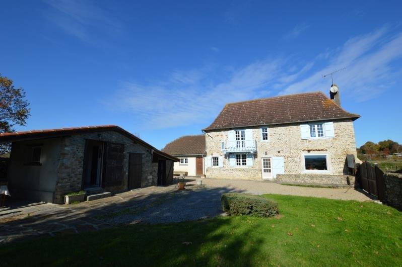 Sale house / villa Sauveterre de bearn 315000€ - Picture 1