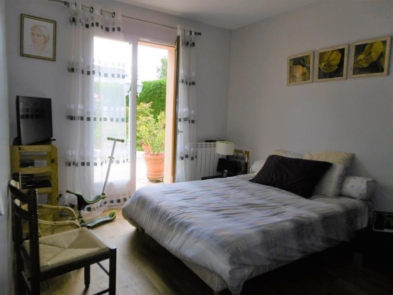 Sale house / villa Forges les bains 455000€ - Picture 4