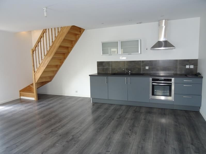 Location appartement Renaison 490€ CC - Photo 1