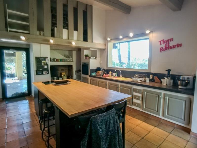 Deluxe sale house / villa Rousset 566000€ - Picture 7