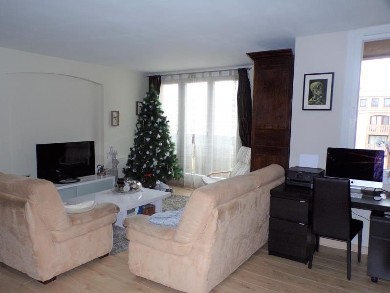 Revenda apartamento Montigny le bretonneux 279000€ - Fotografia 1