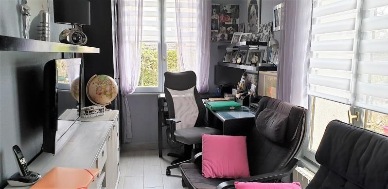 Vente maison / villa Montfort-l'amaury 375000€ - Photo 8