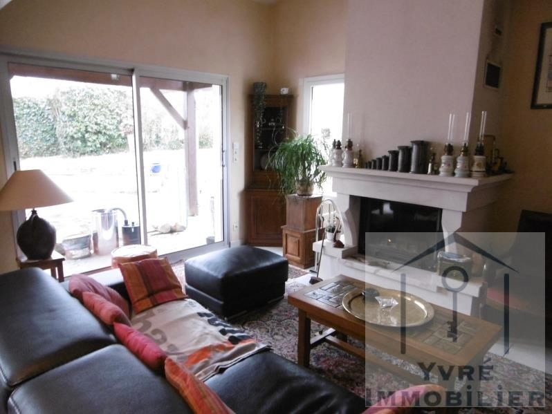 Sale house / villa Yvre l'eveque 374 400€ - Picture 2