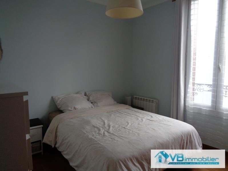 Sale apartment La varenne st hilaire 250000€ - Picture 4