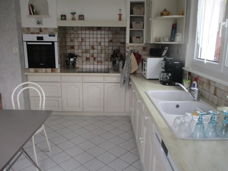 Sale house / villa Oyonnax/ veyziat 330 000€ - Picture 2