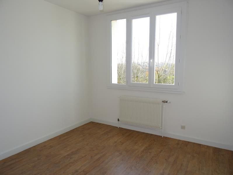 Location appartement Le coteau 322€ CC - Photo 2