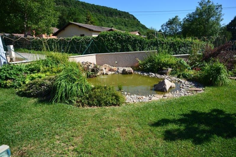 Deluxe sale house / villa Hieres sur amby 550000€ - Picture 7