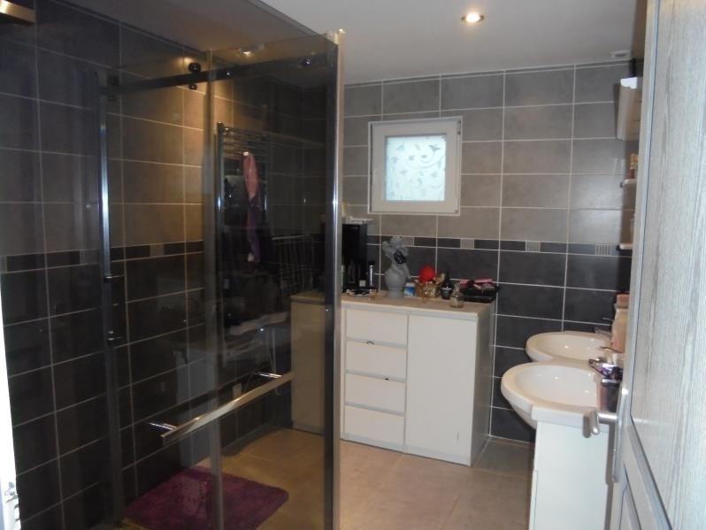 Sale house / villa Cluses 375000€ - Picture 5