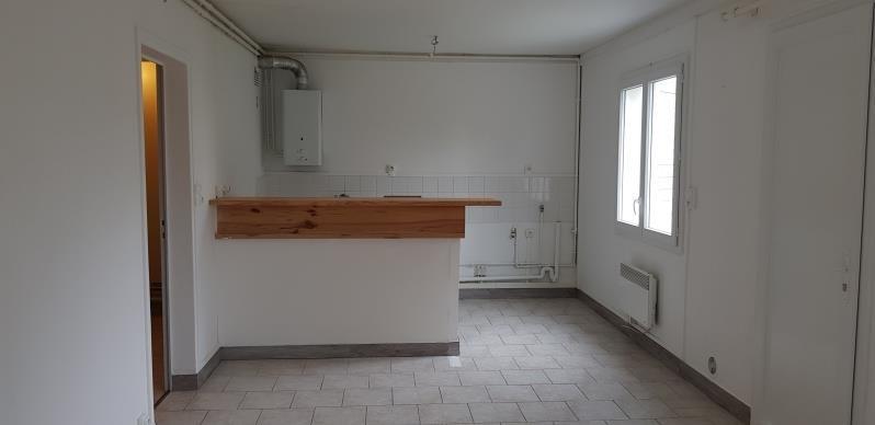 Rental apartment Vernon 400€ CC - Picture 1
