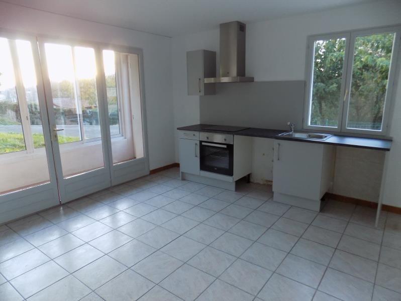 Rental apartment St pee sur nivelle 690€ CC - Picture 1