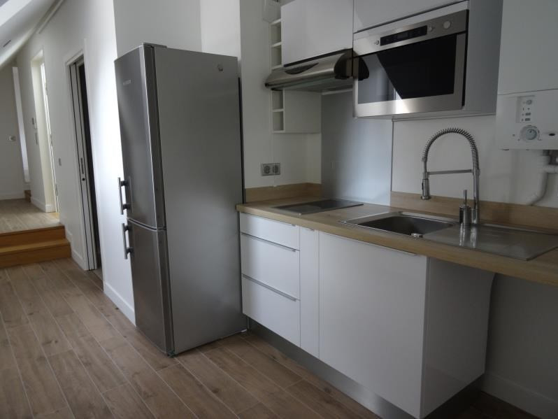 Verhuren  appartement L isle adam 805€ CC - Foto 1