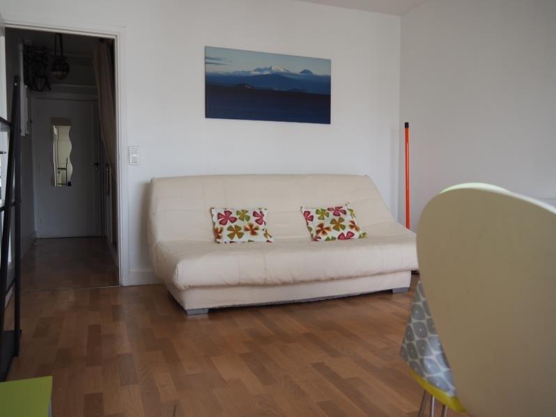 Verhuren  appartement Paris 18ème 950€ CC - Foto 3
