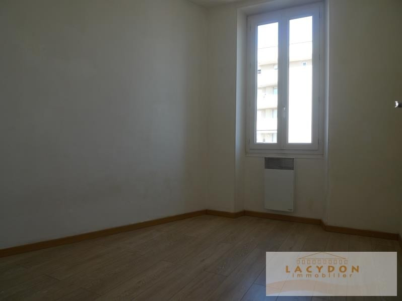 Rental apartment Marseille 4ème 490€ CC - Picture 3