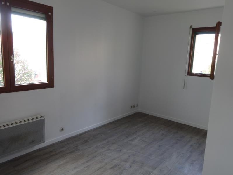 Rental apartment Vernon 415€ CC - Picture 1