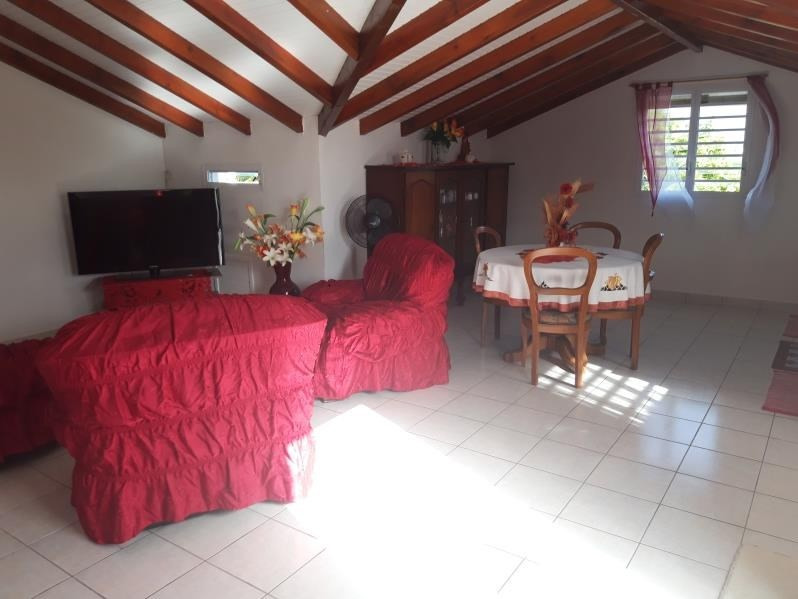 Rental apartment Ste anne 650€ CC - Picture 6
